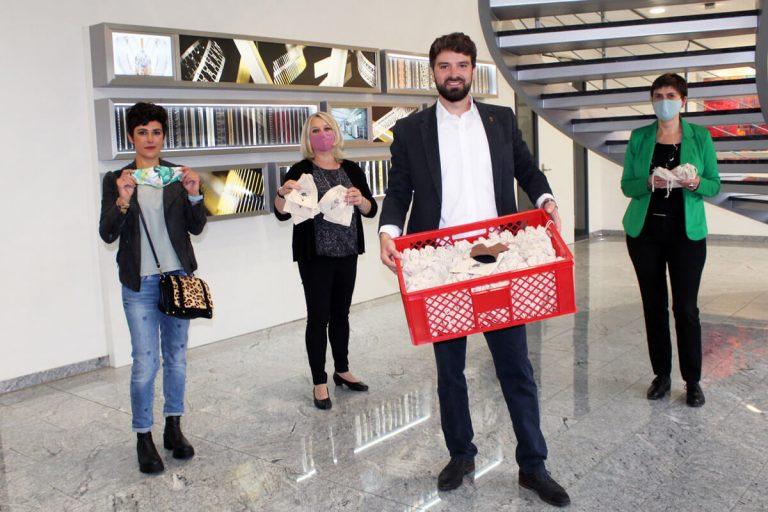 IMO Oberflächentechnik Armin Müller und Team mit Masken